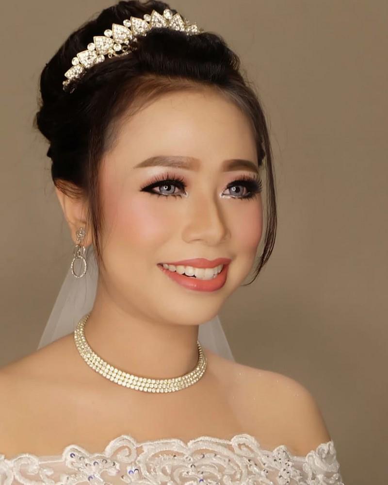 Happy Blessed Marriage Jenis Modern MUA Griyarias